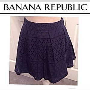 NWT Banana Republic, Lined Eyelet Flounce Skirt